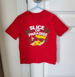 Boys Old Navy t-shirt size 5T